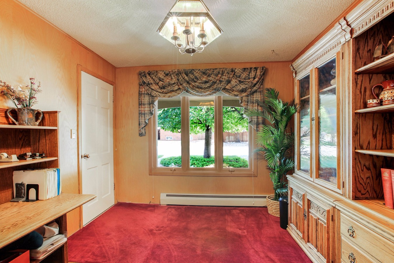 First floor bedroom or study/office