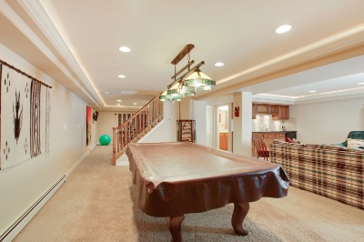 Notice the stately, high ceilings!
