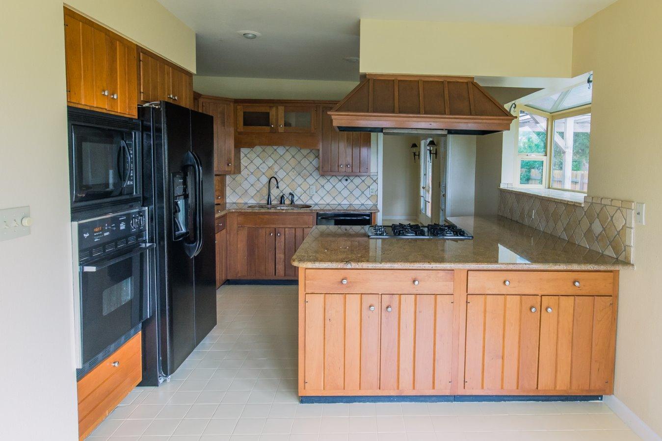 Cherry Cabinets & Granite Counters