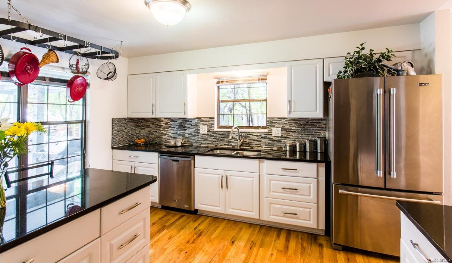 Gorgeous remodeled Kitchen