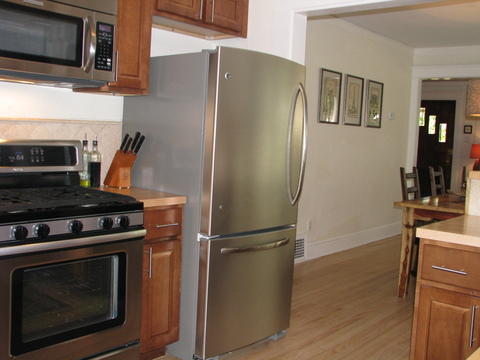 Stainless appliances and gas stove