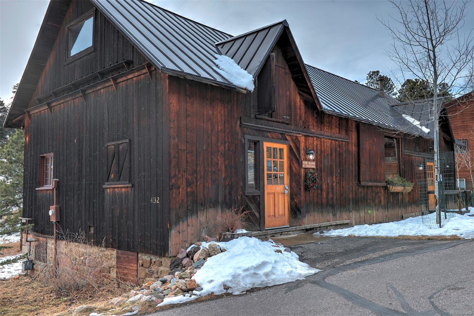 Timbervale community barn