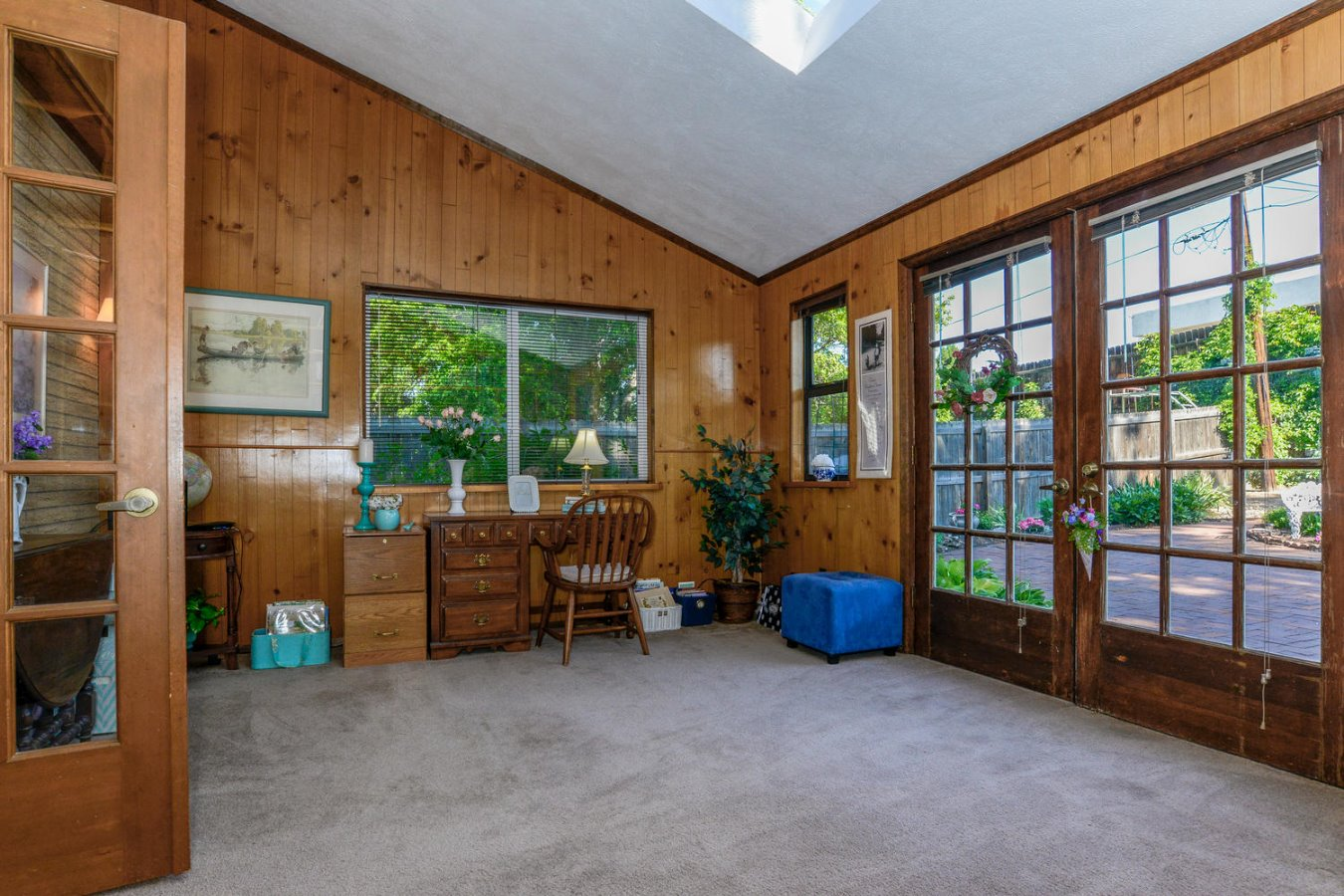 Enclosed Bonus Room Adds to Living Areas