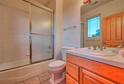 Lower level full bath