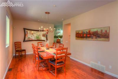 Formal dining for great entertaining in style.