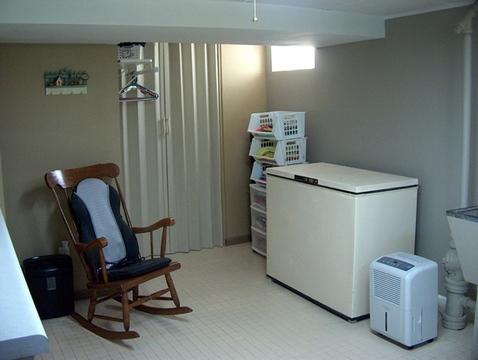 Utility area includes Freezer.