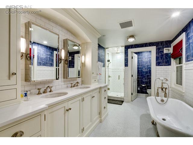 2nd Bedroom - Bathroom