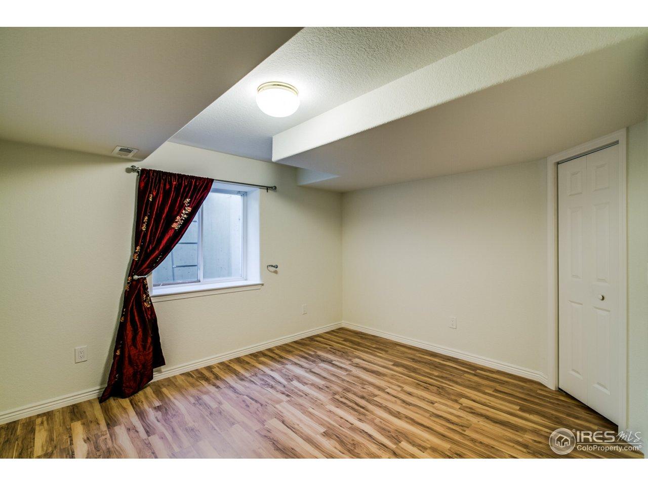 6th lower bedroom