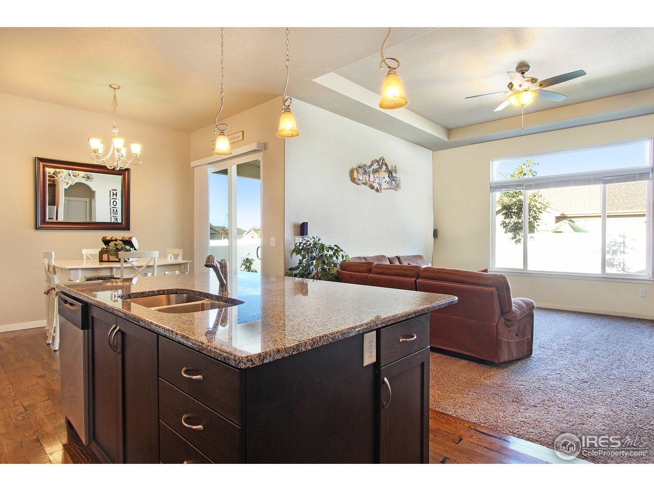 Kitchen open to Great Rm and Eating Nook