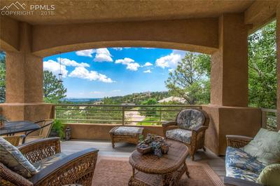 Your new oasis...private upper patio with views