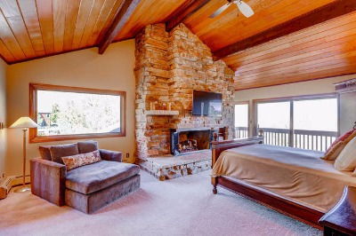 Upper master suite with views