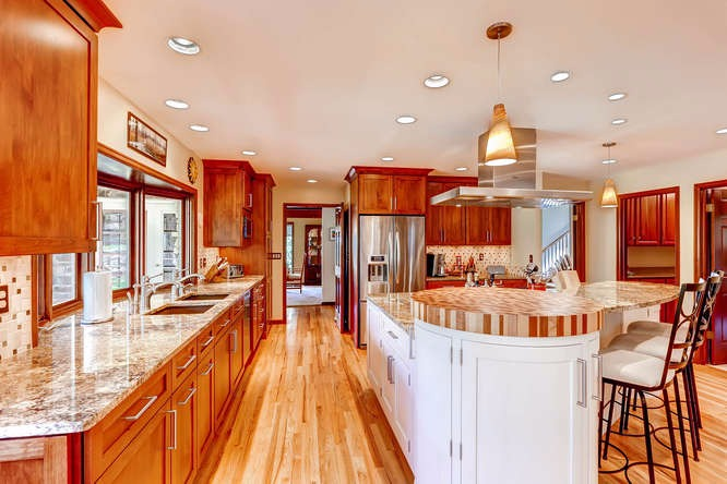 Spectacular gourmet kitchen