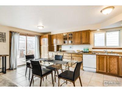Eat-in Kitchen w/ Backyard Access