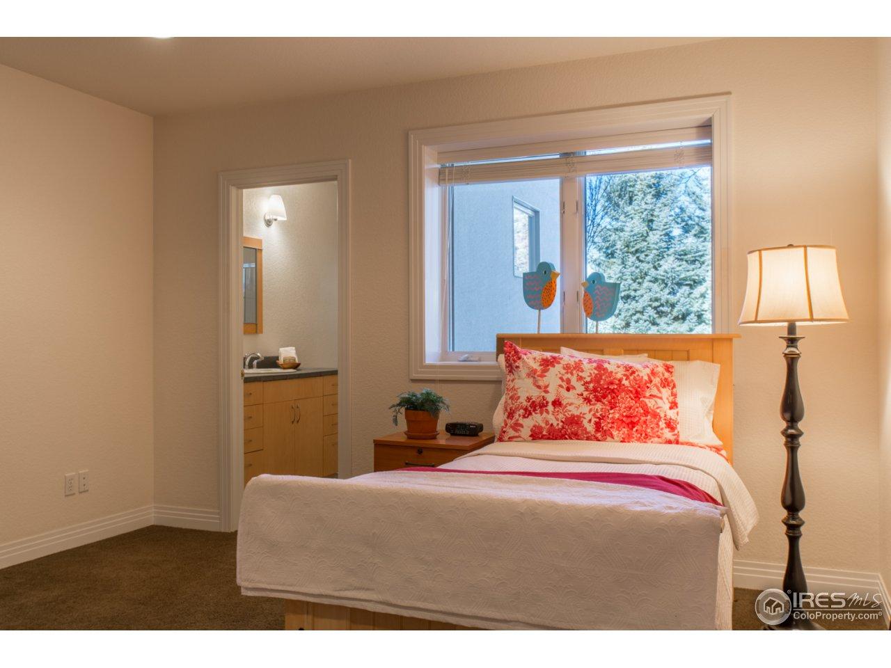 Lower Level Ensuite  Bedroom