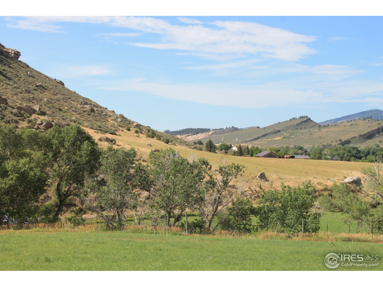 View from 38E towards New Hay Barn