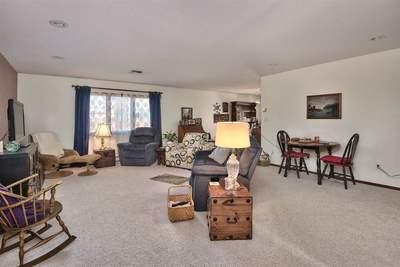 Spaciuos living room