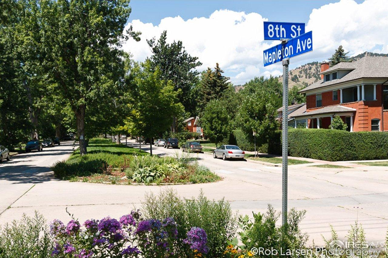 Mapleton Hill Neighborhood