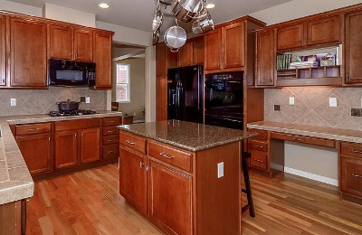 Kitchen - Maple/Granite