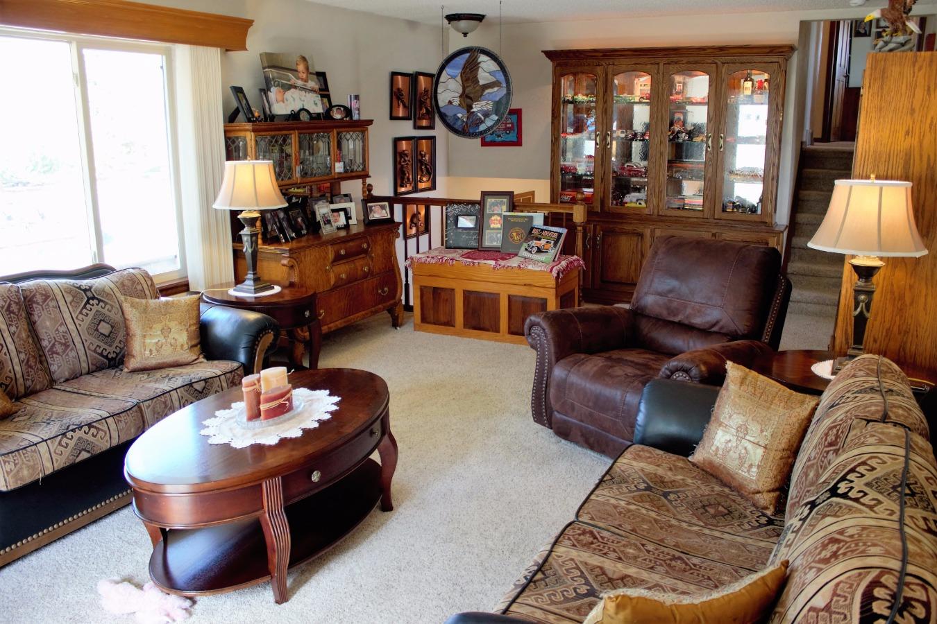 Living Room Built in Cabinet