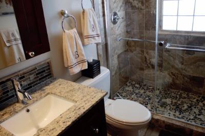 Lower 3/4 Bath