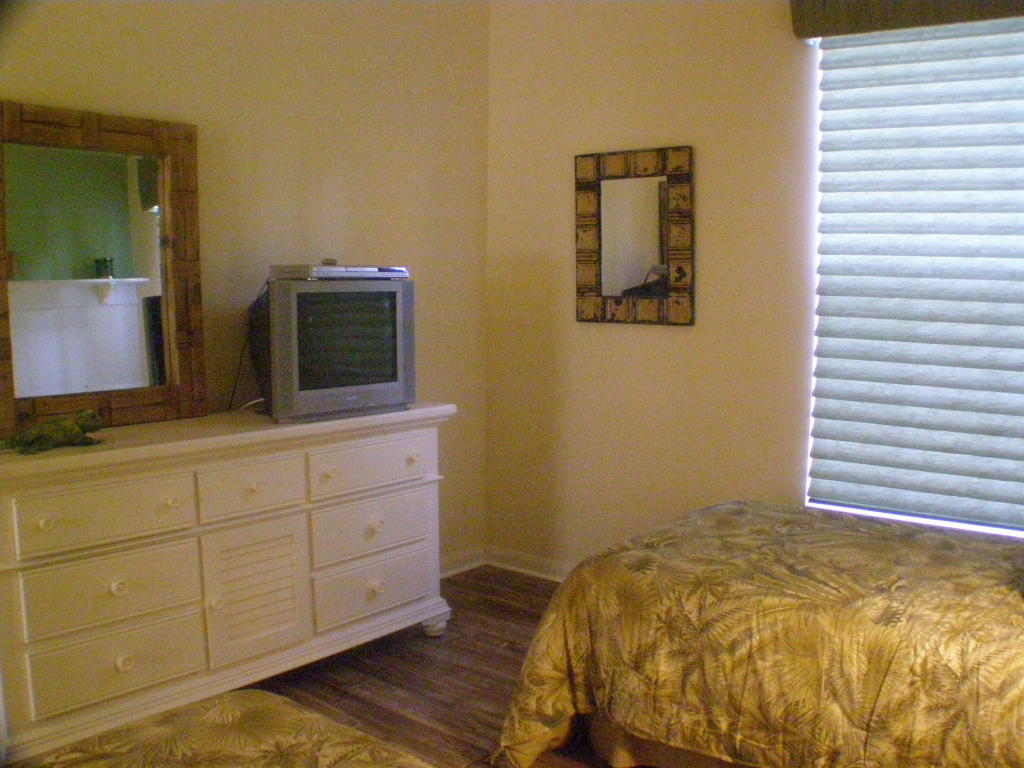 Guest Room 2 - view 2