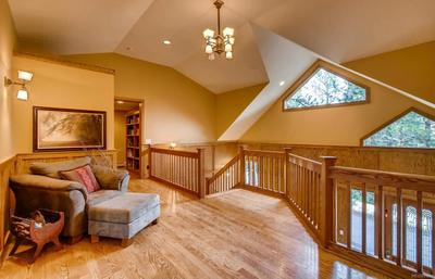2-Story dramatic entry with loft area.