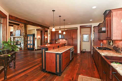 Gourmet Kitchen with Thermdor appliances
