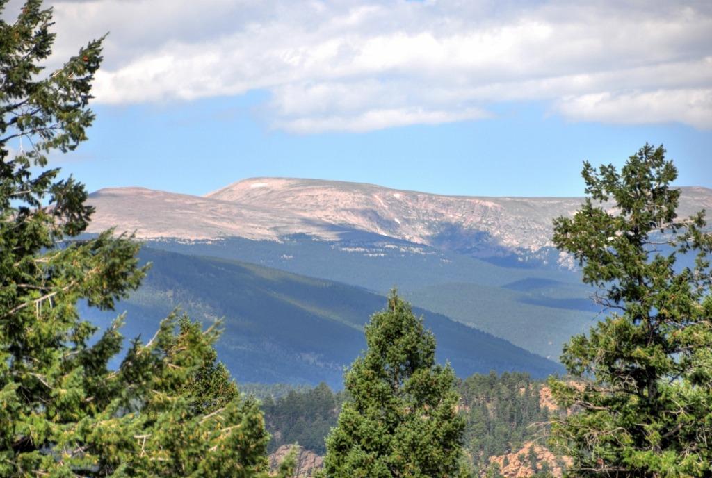 Views of Mt Evans, Mt Rosalie, Lone Rock