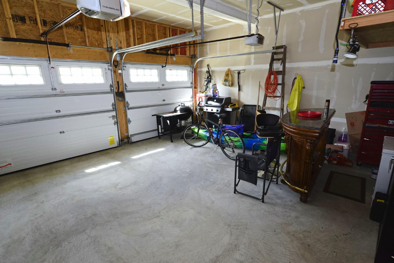 Large garage with independent garage doors!