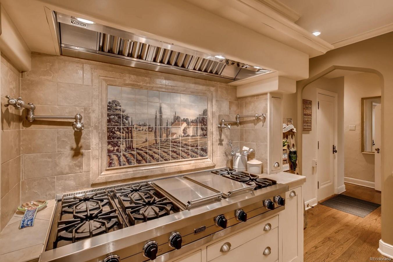 6 Burner Stove, Grill, Griddle & Warming oven