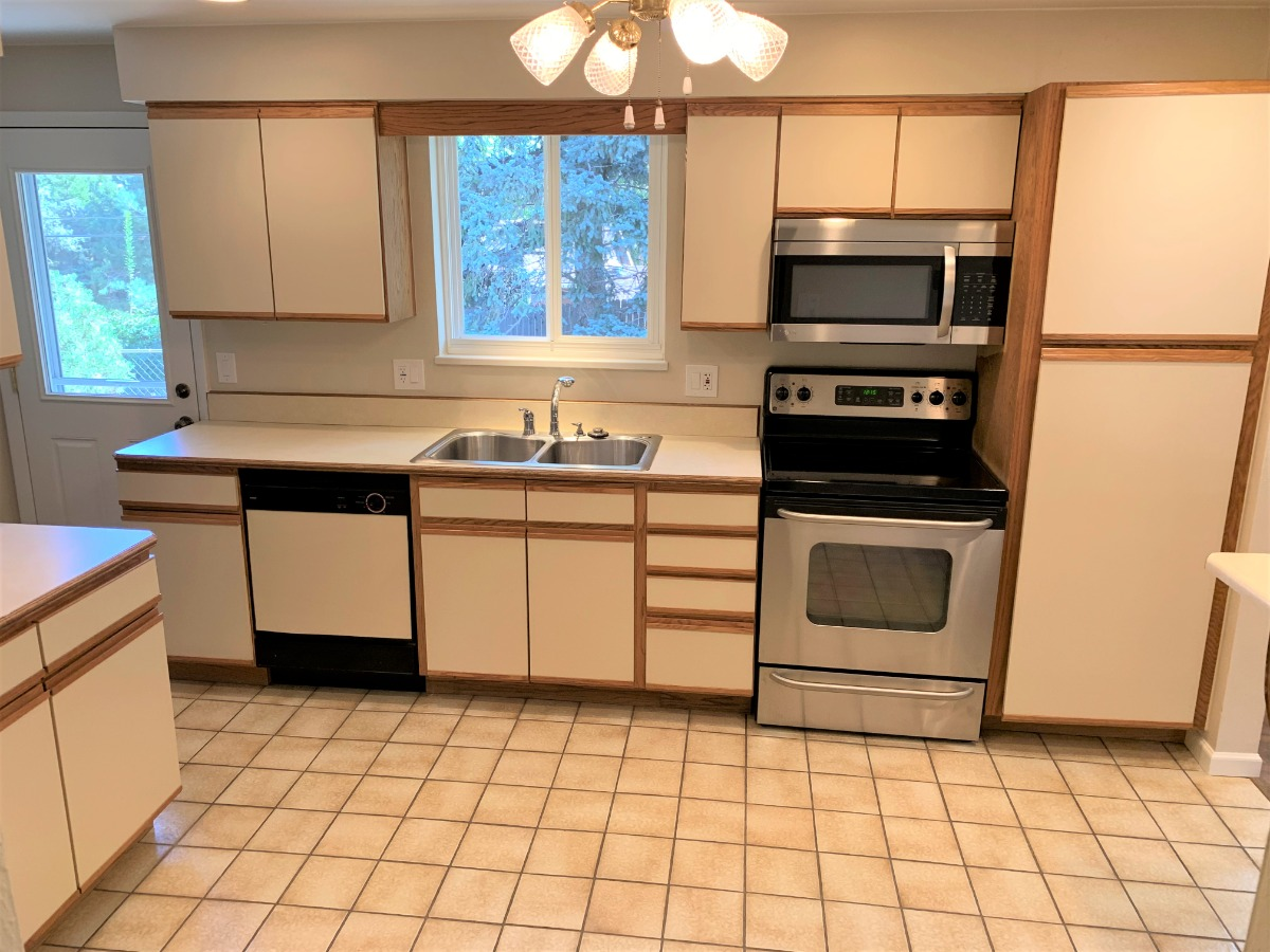 New Stainless Microwave Oven and Flat-Top Stove