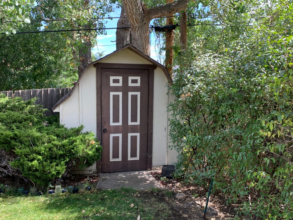 Convenient Charming Shed
