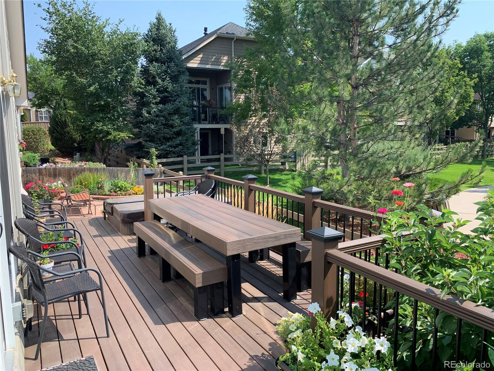 Composite Deck with Matching Picnic Table