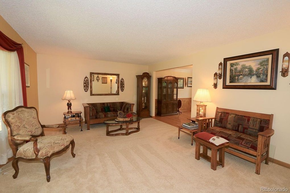Large Formal Living Room