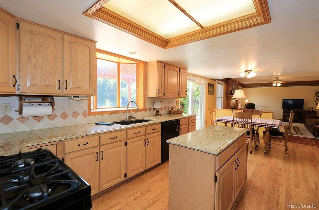 Wood Floors and Cabinets, Kitchen Island