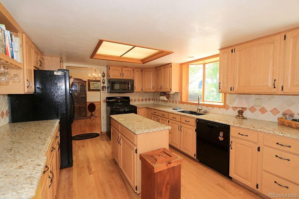 Gas stove and all appliances included
