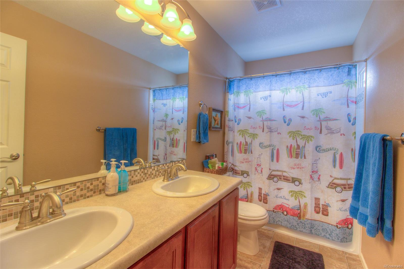 Upstairs Full bath with double sinks