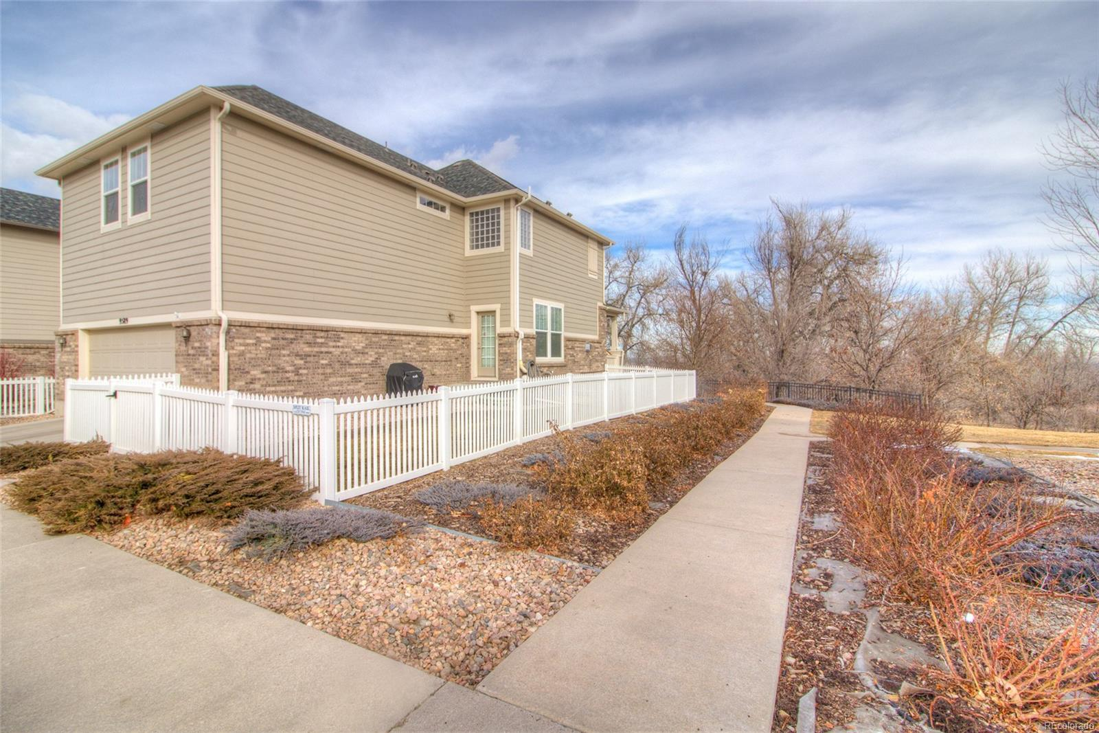Great location in the community with walking path adjacent instead of another ho