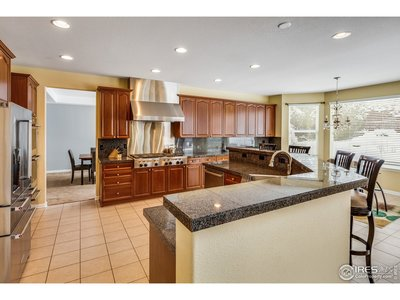 Large working triangle in kitchen