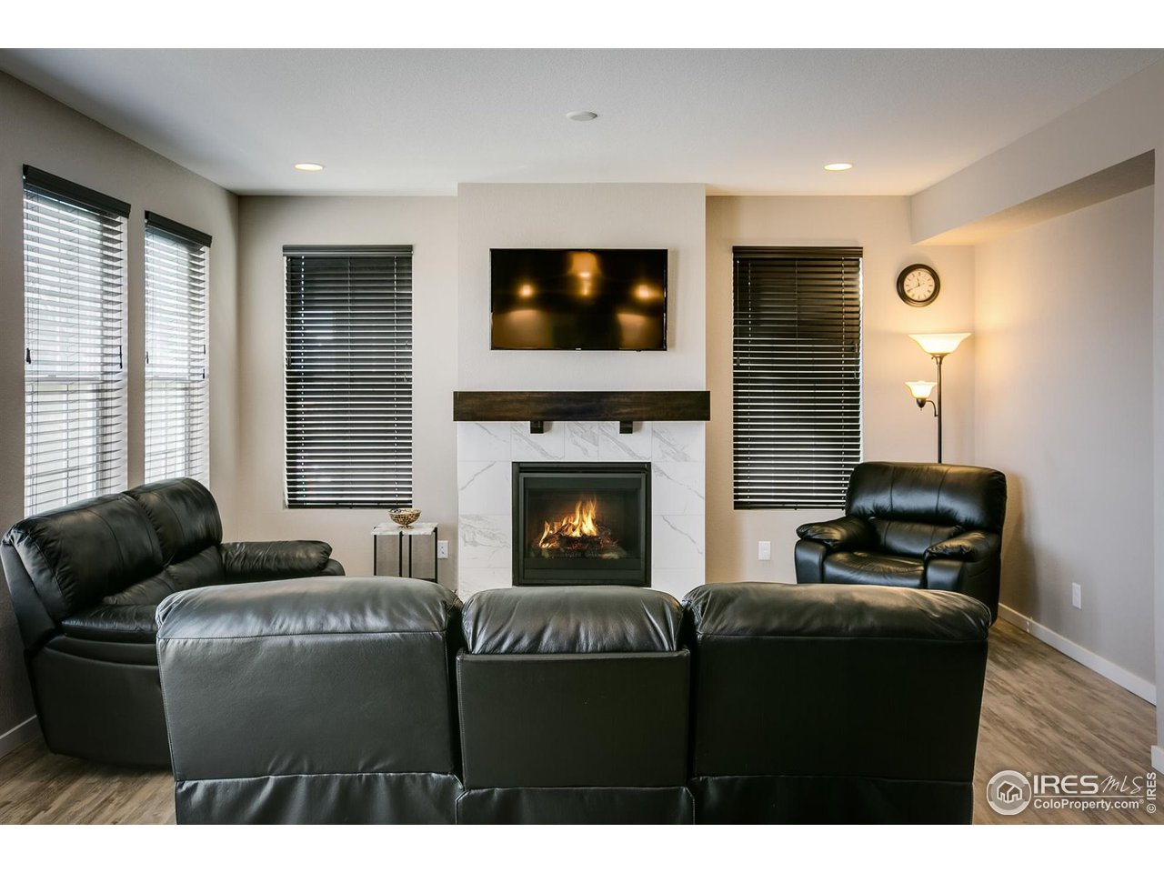 Gas Fireplace with Tile Surround