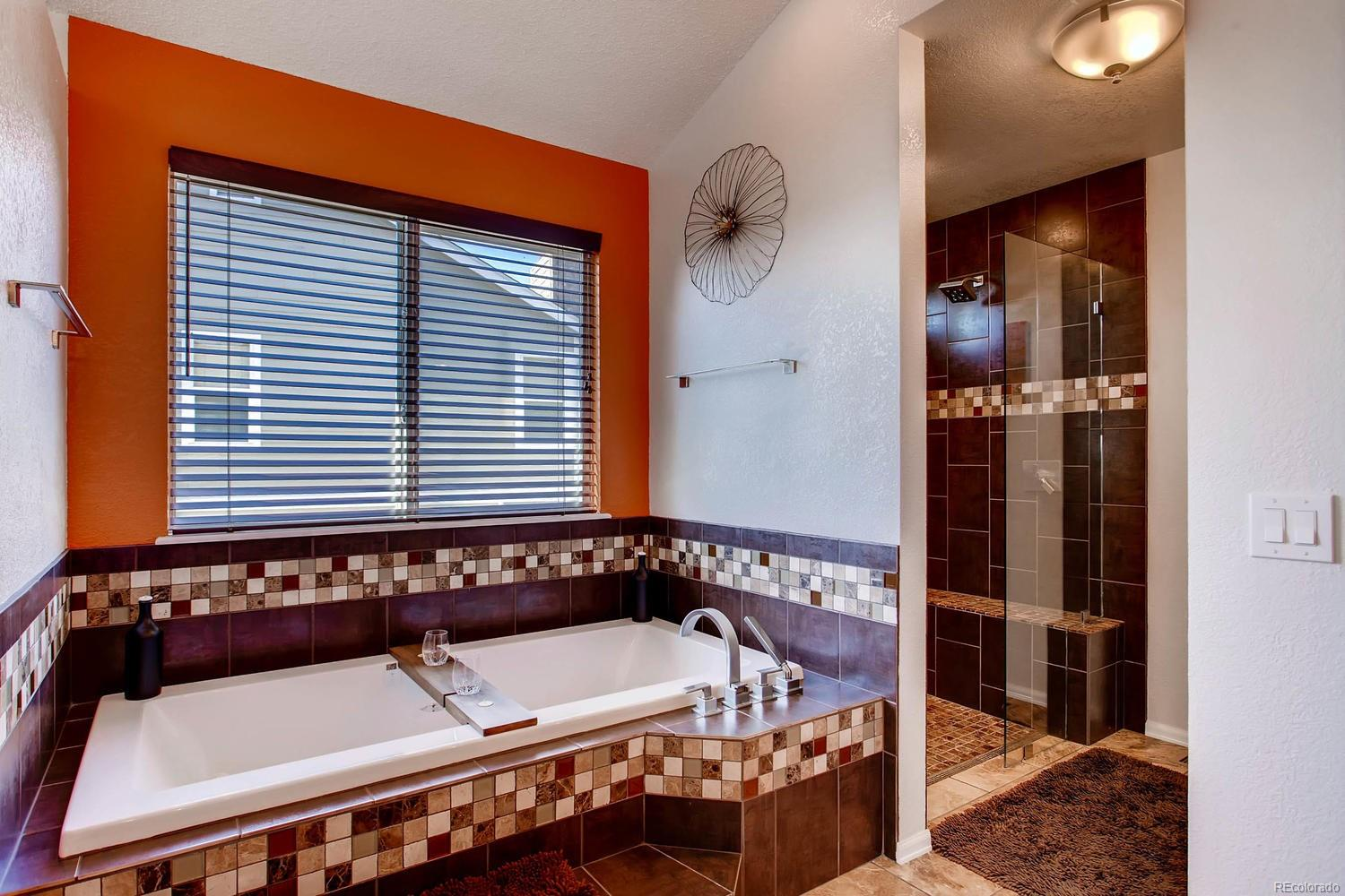 Heated soaking tub - extra large - relax and unwind