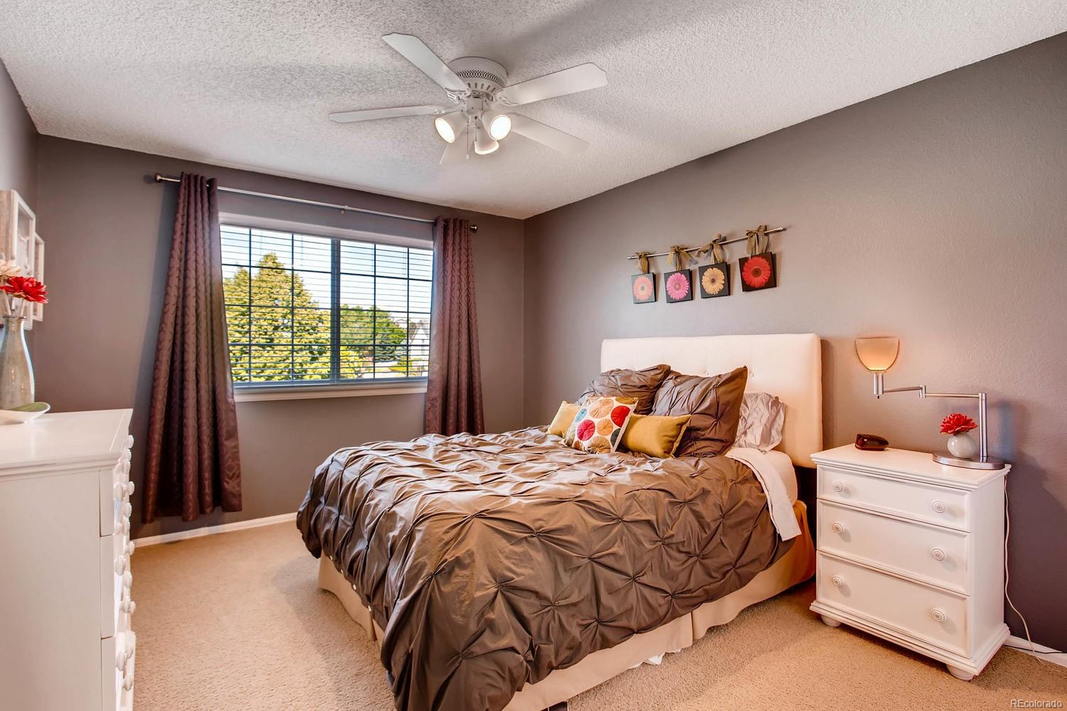 Generously sized secondary bedrooms 13' x 11'