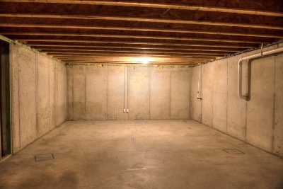 Large unfinished basement