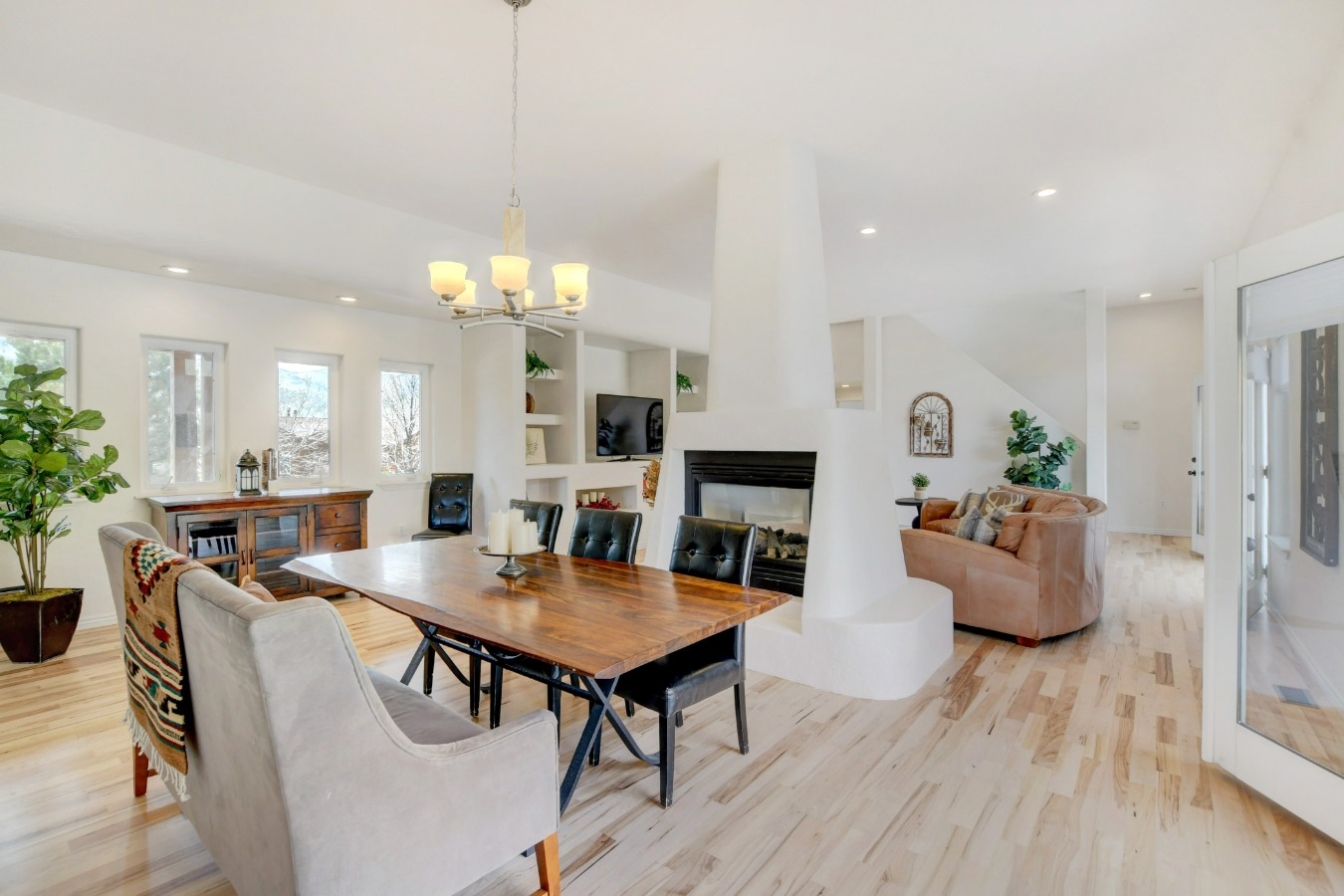 Dining/Living/Great Room