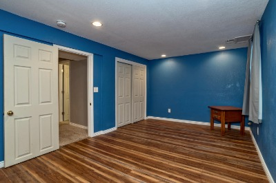 Large Basement Conforming Bedroom