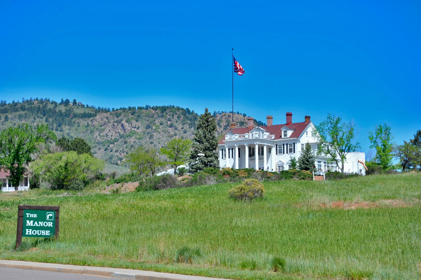 Ken Caryl Manor House