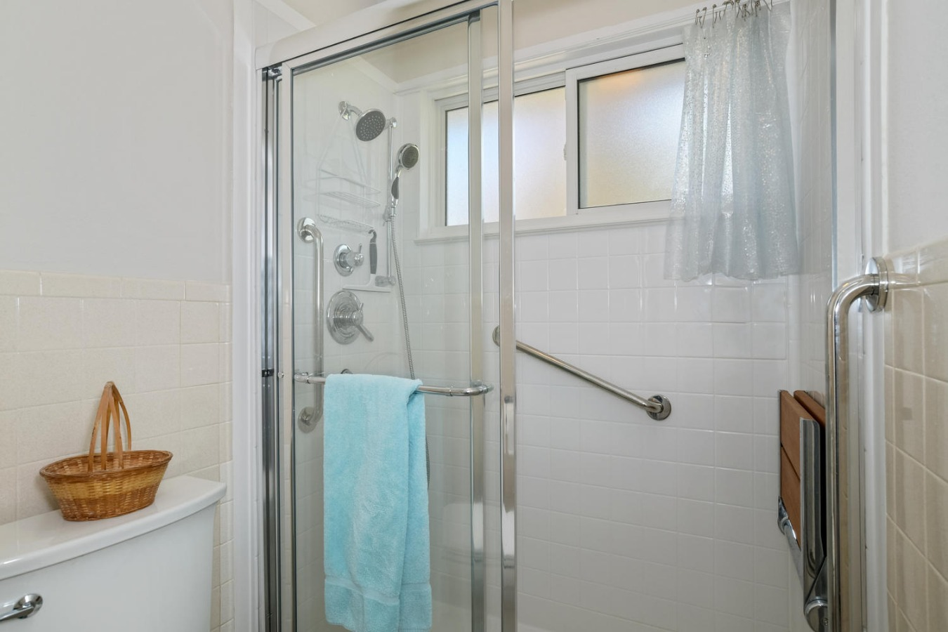 Large Walk-in Shower with Seat