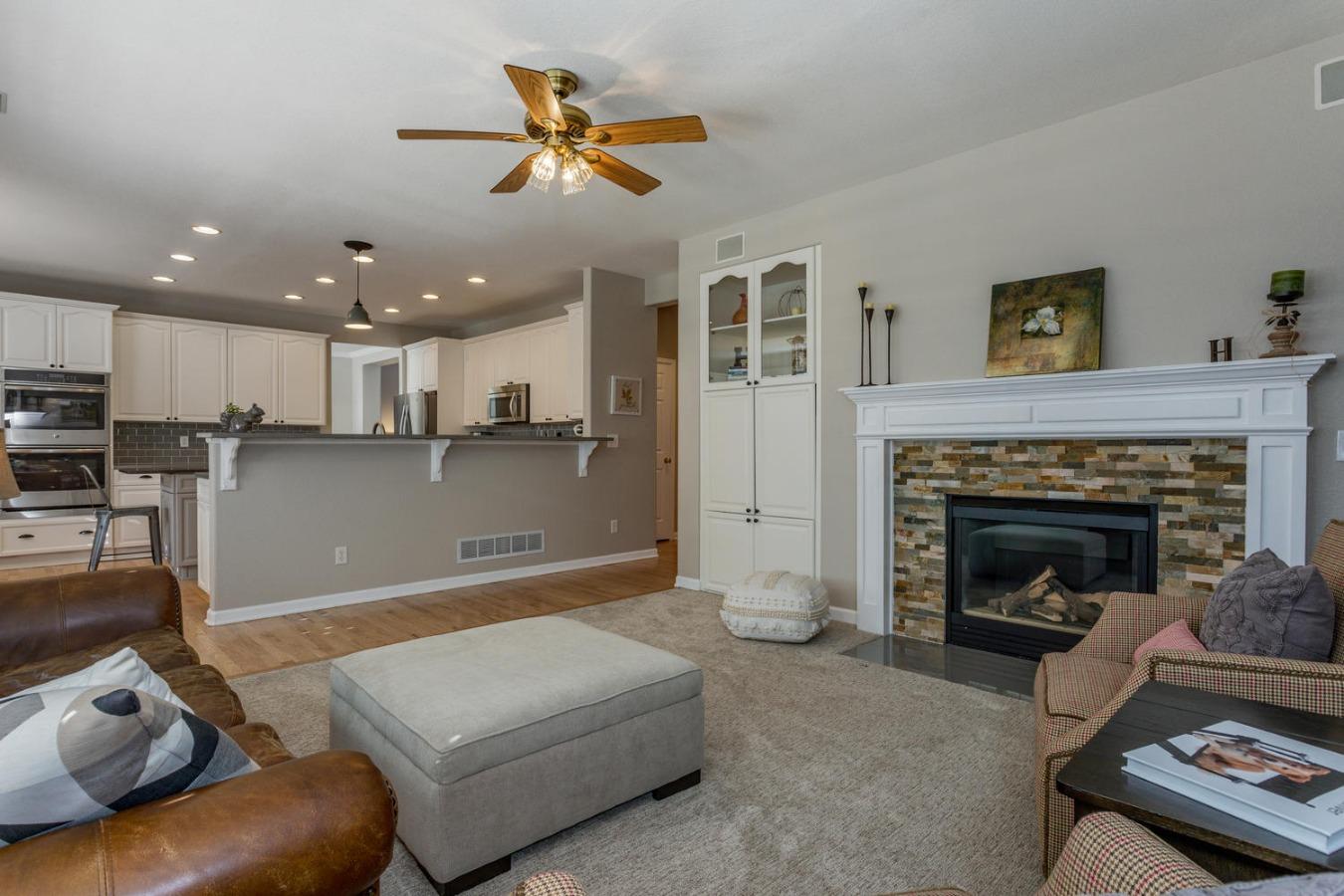 Sweet Main Floor Family Room Adjoins Kitchen Area