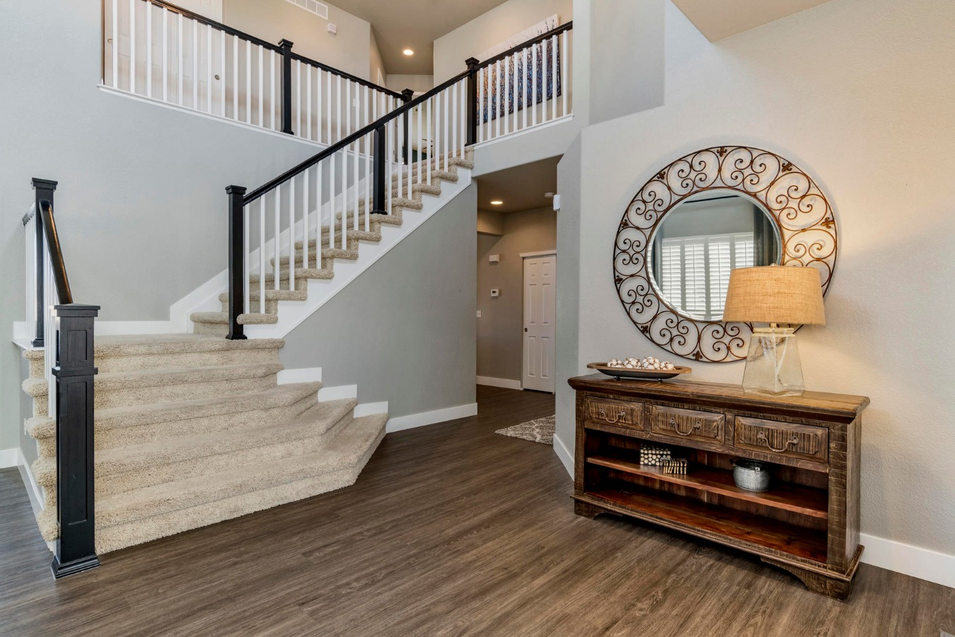 Inviting Large Entry to Home
