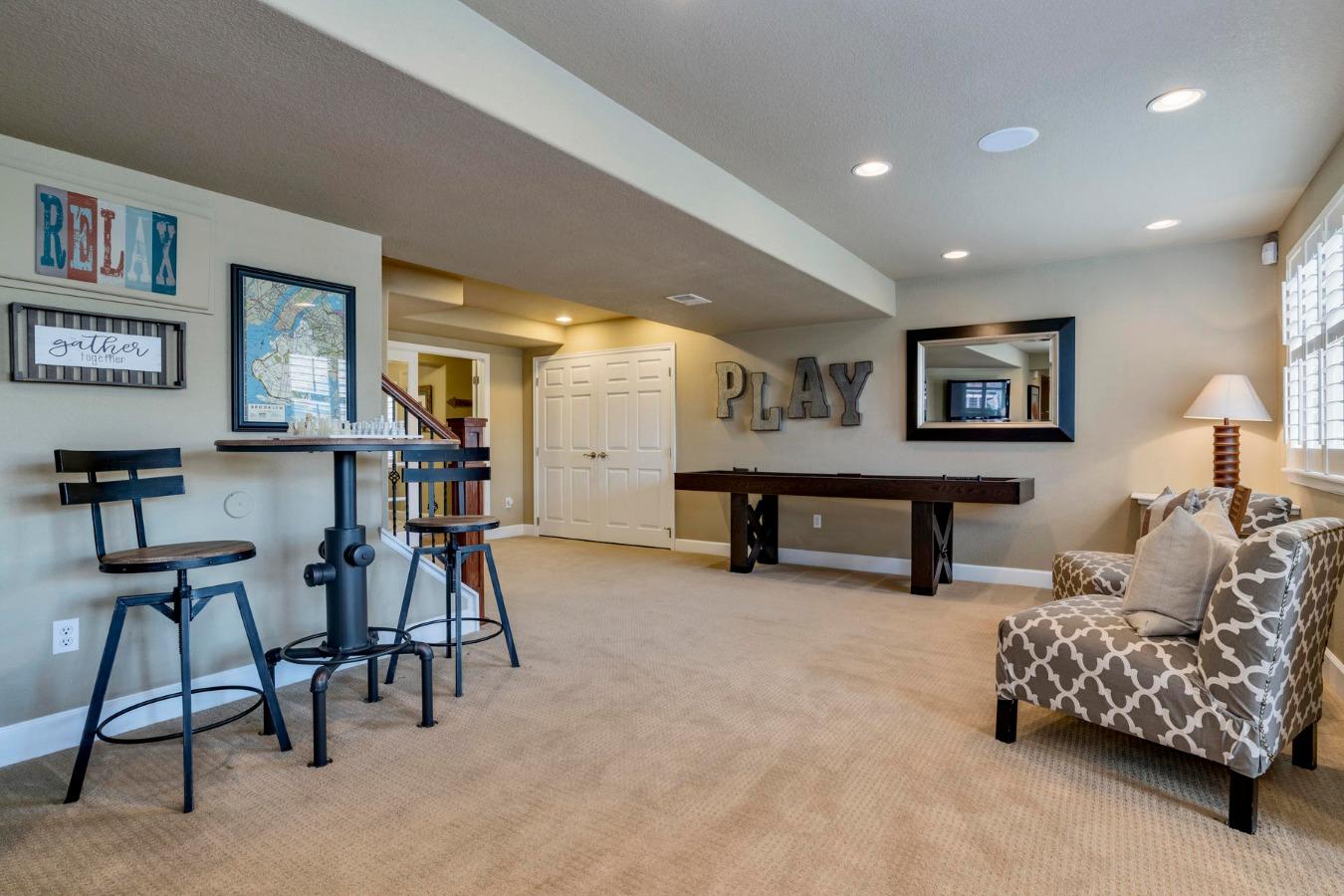 Three Distinct Flexilbe Areas in Rec Room Layout